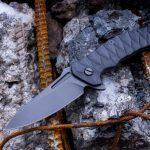 Folding knife flipper
